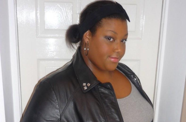 Stephanie — блоггер моды для полных